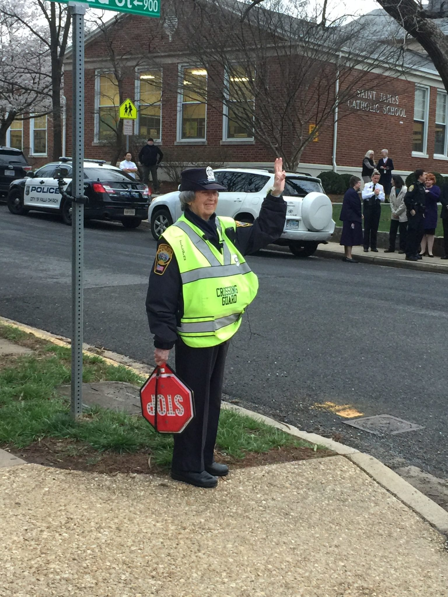 Janet Haines in her usual spot at the corner of Broad and Spring Streets in Falls Church. (Photo: News-Press)