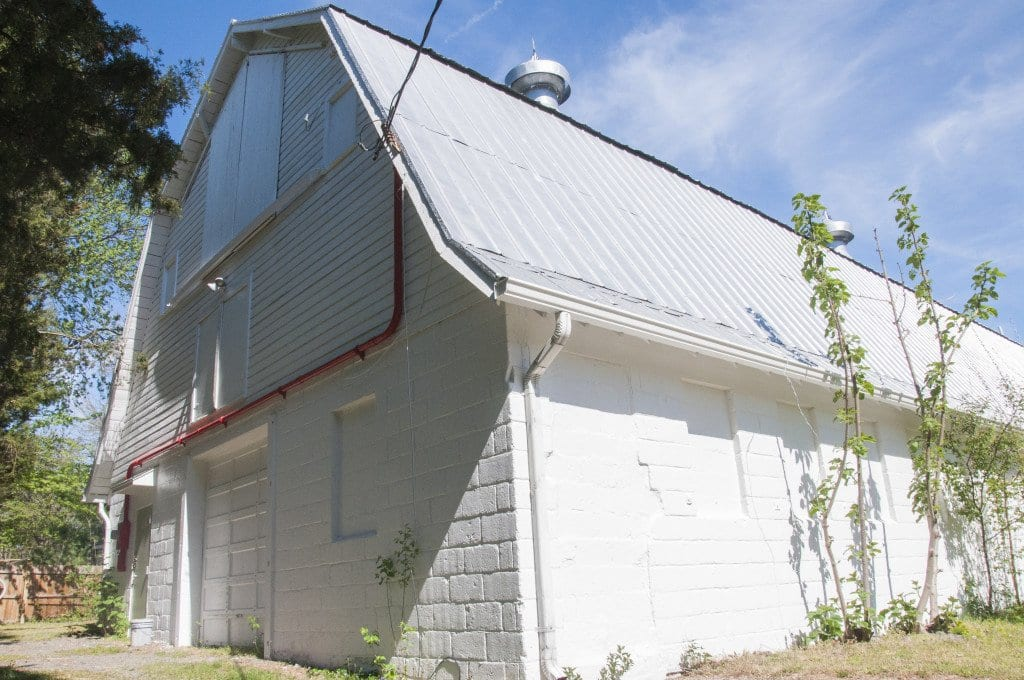 PIMMIT BARN, located at 1845 Cherri Dr., Falls Church, will celebrate its 80th birthday next year. It's the Beltway's only still-standing dairy barn. (Photo: News-Press)