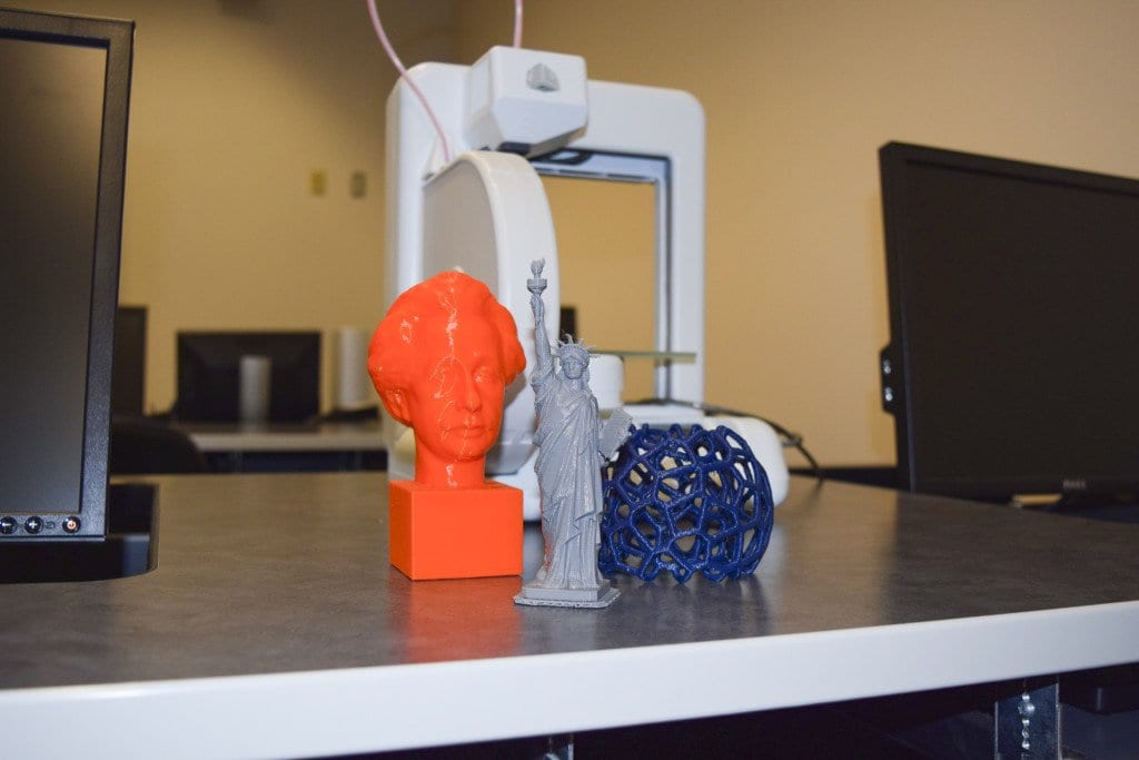 Virginia Tech's Northern Virginia Center launched a 3D design and 3D printing lab this spring after a yearlong effort to get the project off the ground. (Photo: Liz Lizama/News-Press)