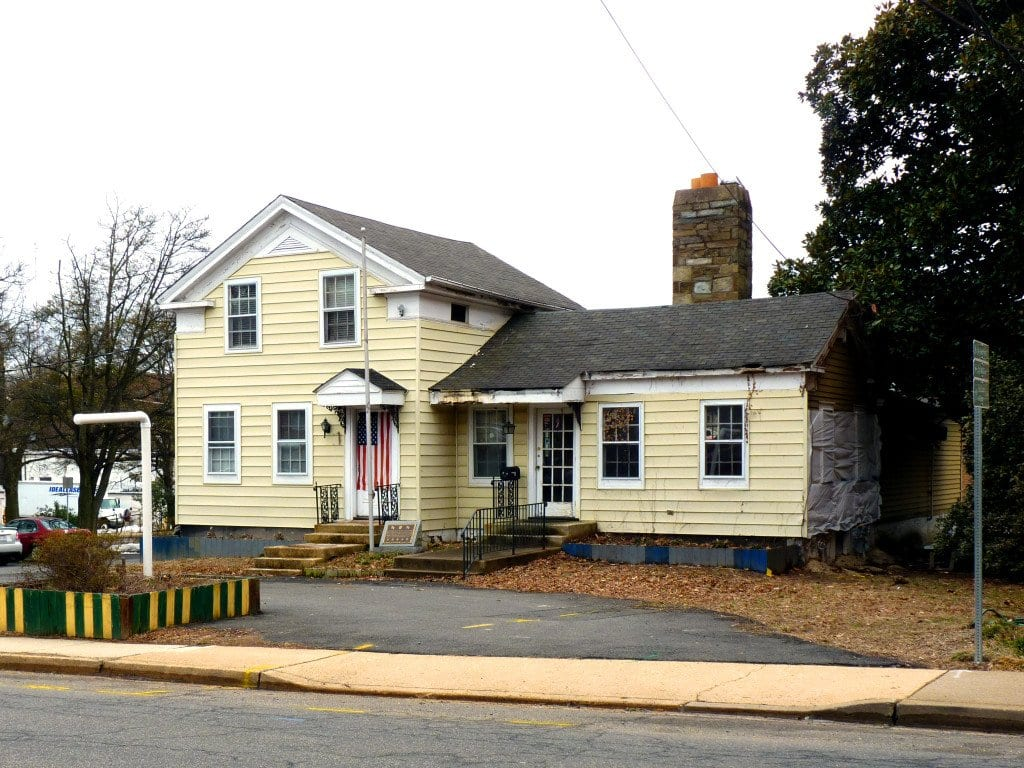 The F.C. Planning Commission gave the OK for a new downtown Falls Church restaurant from the owners of Arlington's Lyon Hall and The Liberty Tavern at the historic Cloverdale House on Park Avenue. (Photo: News-Press)