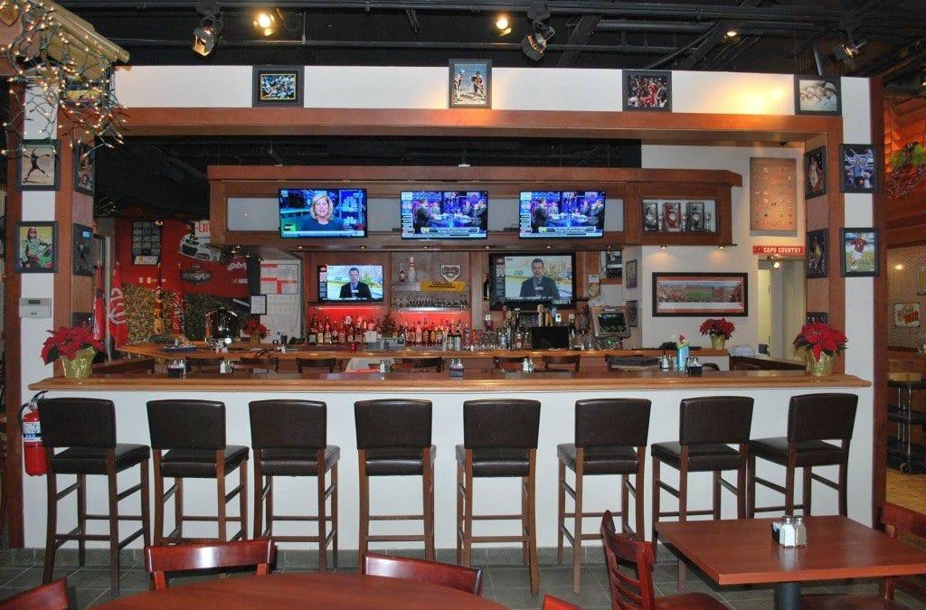 (Photo: The Locker Room Sports Bar & Grill/Facebook)