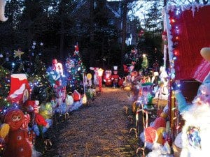 The festive path at Lanouette's holiday house (Photo: News-Press)