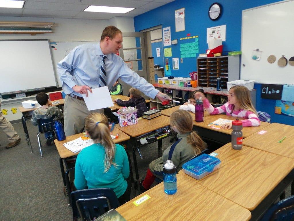 2014 Agnes Meyer award winner Stephen Erik in the classroom. (Photo: FCCPS)