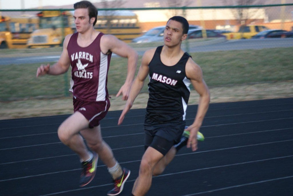 Mason's Alec White dominates in the 400, finishing first by more than half a second in 0:53.60. (Photo: Courtesy Carol Sly)
